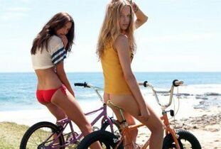Fantastic  femmes nude on the bikes