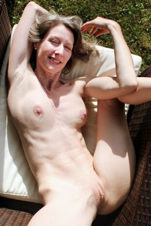 Download   Tumblr Nudiarist Annabel Miller Bare Dataw