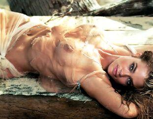Denise nackt Garcia 41 Hottest