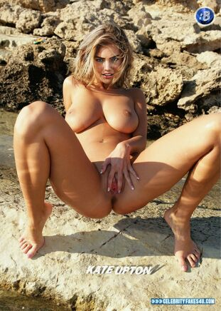 Upton naked pics kate Kate Upton